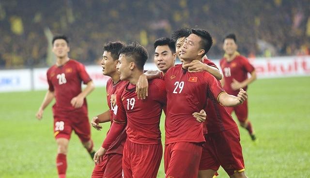 """Điểm lại ba lần đấu trí giữa """"thầy Park"""" và HLV Tan Cheng Hoe - 2"""