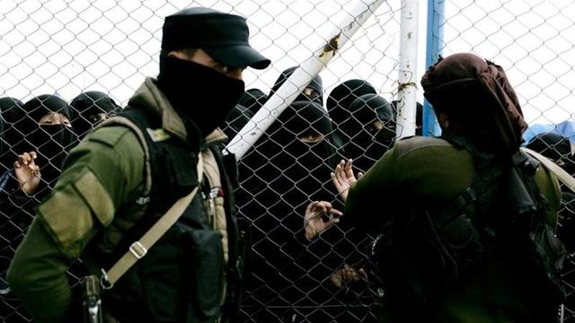 Câu hỏi về số phận các tù nhân IS ở Syria - gánh nặng khó cởi bỏ - 1