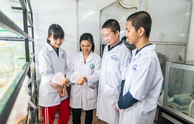 Lần đầu tham dự cuộc thi nghiên cứu khoa học Quốc tế: Học sinh Việt xuất sắc giành giải - 4