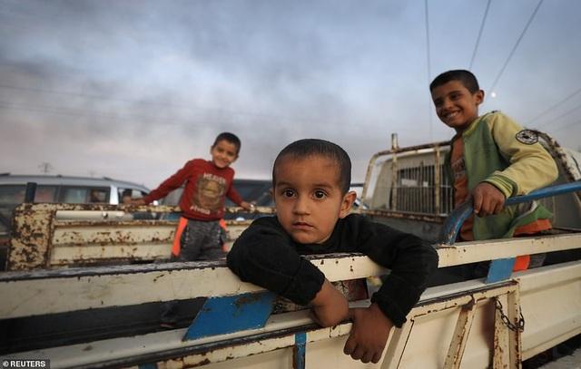 Thổ Nhĩ Kỳ rầm rập tiến công vào Syria, chiến sự nóng lên - 12