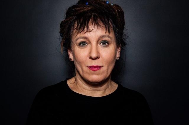 Chân dung hai nhà văn vừa nhận giải Nobel Văn học 2018-2019 - 2