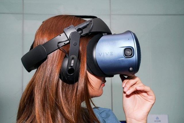 HTC Vive ra mắt thiết bị thực thế ảo Vive Cosmos với giá 25 triệu đồng - 3
