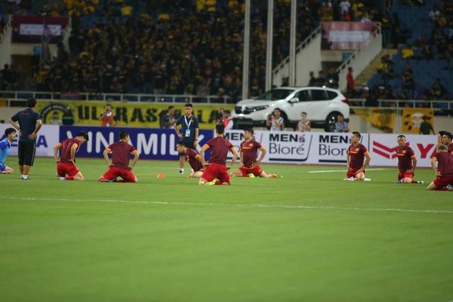 Việt Nam 1-0 Malaysia: Quang Hải ghi bàn đẳng cấp - 29