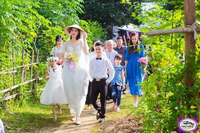 Đám cưới chú rể 1m4, cô dâu 1m94: Dân mạng nghi vấn cưới vì tiền, người trong cuộc lên tiếng - 3