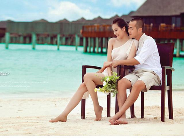 """""""Gái hai con"""" Phạm Ngọc Thạch diện bikini khoe vóc dáng gợi cảm trên biển - 7"""