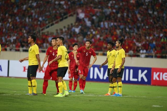 Việt Nam 1-0 Malaysia: Quang Hải ghi bàn đẳng cấp - 7