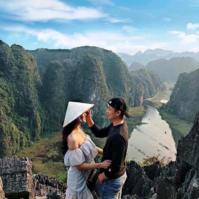 """Hang Múa: Điểm """"check-in"""" trên """"lưng chừng trời"""" đẹp không tưởng ở Ninh Bình! - 14"""