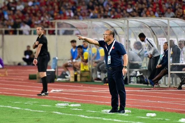 Cảm xúc đặc biệt của HLV Park Hang Seo trong chiến thắng trước Malaysia - 3