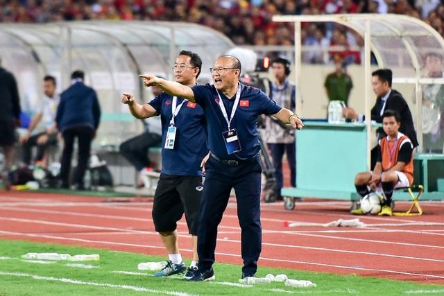Cảm xúc đặc biệt của HLV Park Hang Seo trong chiến thắng trước Malaysia - 14