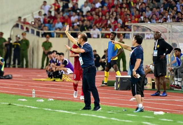 Cảm xúc đặc biệt của HLV Park Hang Seo trong chiến thắng trước Malaysia - 4