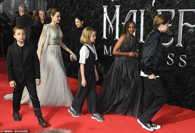 Angelina Jolie thanh lịch quảng bá phim tại London - 9