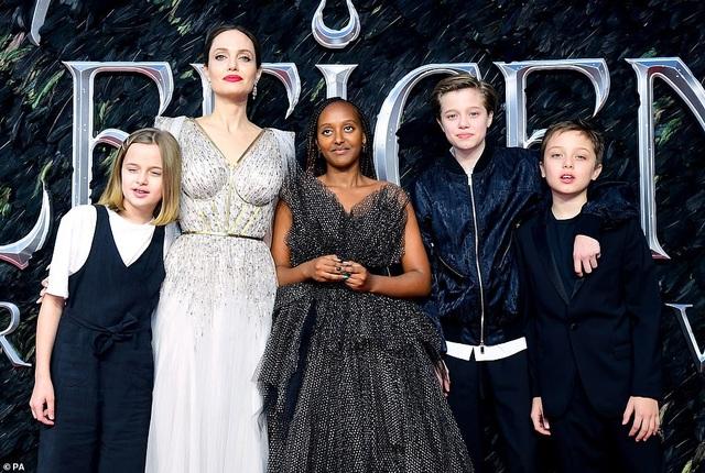 Angelina Jolie thanh lịch quảng bá phim tại London - 10