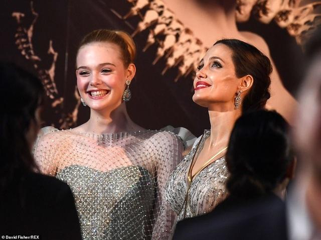 Angelina Jolie thanh lịch quảng bá phim tại London - 19