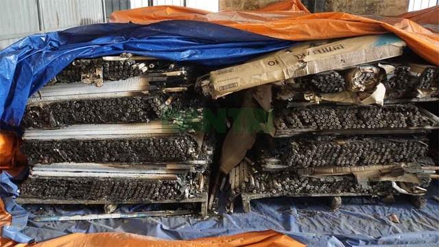 Cận cảnh kho chứa hơn 2.500 tấn phế thải từ vụ cháy Công ty Rạng Đông - 14