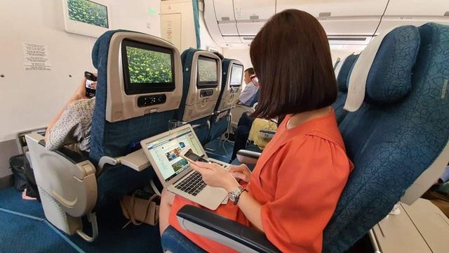 Lần đầu tiên có wifi trên máy bay, hành khách được miễn phí 30 phút - 3