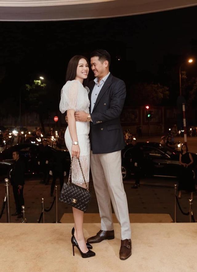 Hot girl Linh Rin ra mắt cha mẹ thiếu gia Phillip Nguyễn, chuyện vui đã rất gần? - 3