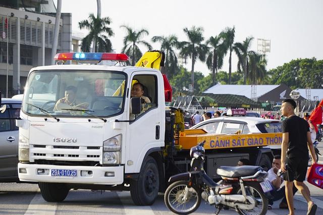 An ninh thắt chặt bảo vệ trận đấu Việt Nam và Malaysia - 2