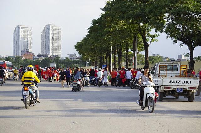 An ninh thắt chặt bảo vệ trận đấu Việt Nam và Malaysia - 11