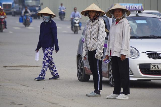 Vé chợ đen trận Việt Nam - Malaysia vẫn bị thổi giá cao ngất - 6