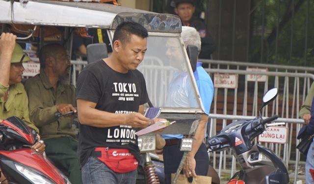 Vé chợ đen trận Việt Nam - Malaysia vẫn bị thổi giá cao ngất - 5