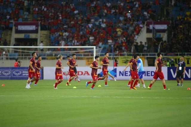 Việt Nam 1-0 Malaysia: Quang Hải ghi bàn đẳng cấp - 23