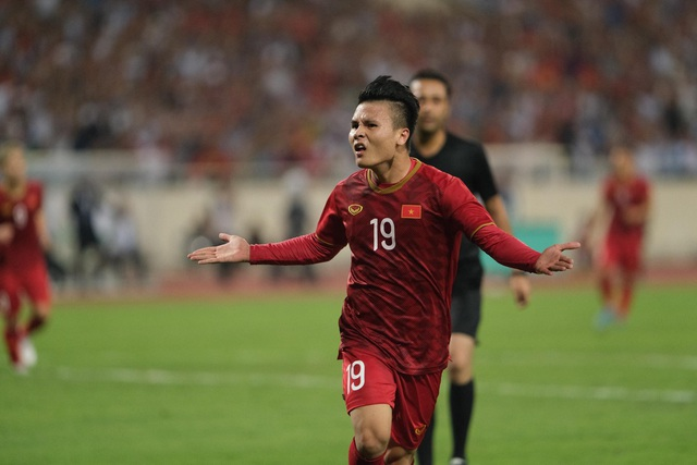 Việt Nam 1-0 Malaysia: Quang Hải ghi bàn đẳng cấp - 9