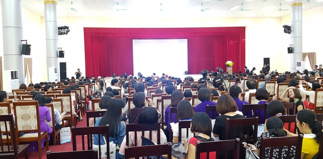 450 chuyên gia, giảng viên quốc tế bàn về tiếng Anh chủ động thời đại mới - 1