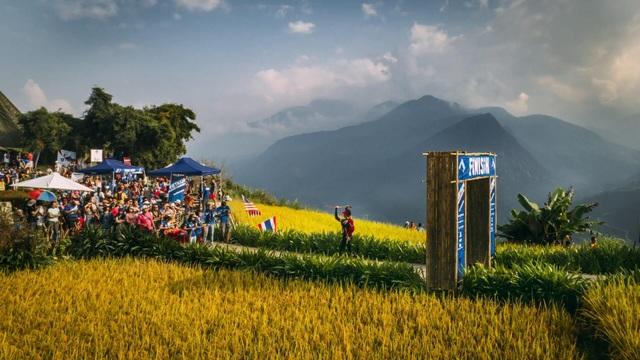 Giải marathon vượt núi lớn nhất Việt Nam Vietnam Mountain Marathon lần đầu trao giải cho nhóm chạy - 3