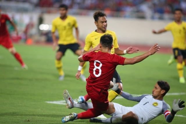 Quang Hải nổi bật trong chiến thắng của tuyển Việt Nam trước Malaysia - 1