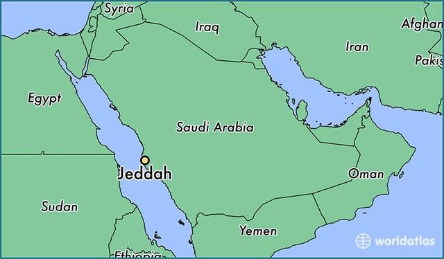 Tàu chở dầu Iran trúng hai tên lửa, bốc cháy trên biển - 2
