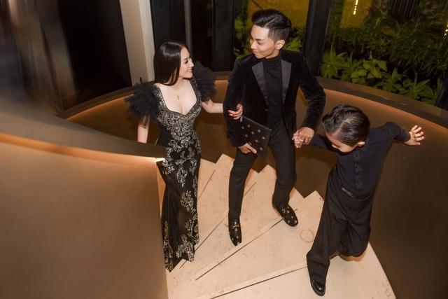 """Khánh Thi luôn muốn là """"số 1"""" trong mắt """"chồng trẻ"""" Phan Hiển - 1"""