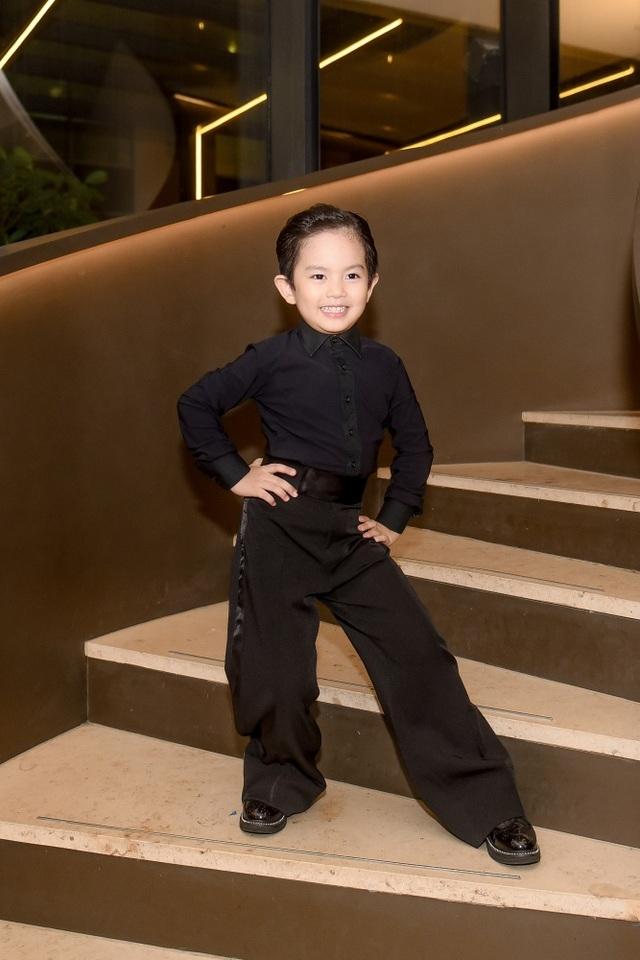 """Khánh Thi luôn muốn là """"số 1"""" trong mắt """"chồng trẻ"""" Phan Hiển - 7"""