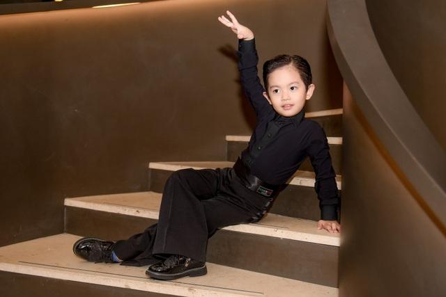 """Khánh Thi luôn muốn là """"số 1"""" trong mắt """"chồng trẻ"""" Phan Hiển - 9"""