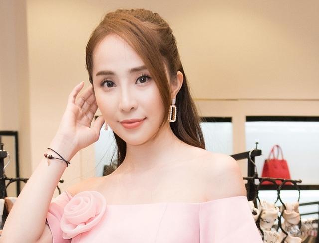 """Hai """"tiểu tam bị ghét nhất màn ảnh"""" Quỳnh Nga, Lương Thanh """"đụng độ"""" nhau - 2"""