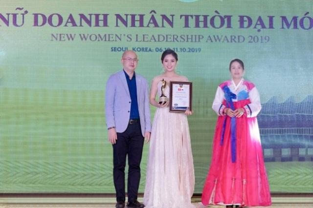 Hoa hậu Nguyễn Thị Thùy được vinh danh tại sự kiện giao lưu văn hóa Việt Hàn - 2