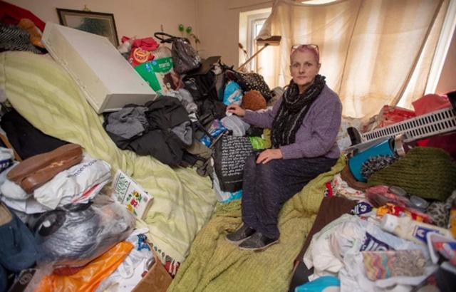 Hi hữu: Gia chủ bị đuổi khỏi nhà mình vì tích trữ quá nhiều… đồ đạc! - 1