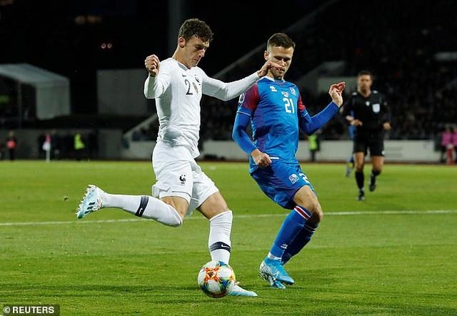 Giroud ghi bàn từ chấm phạt đền giúp Pháp vượt ải Iceland - 2