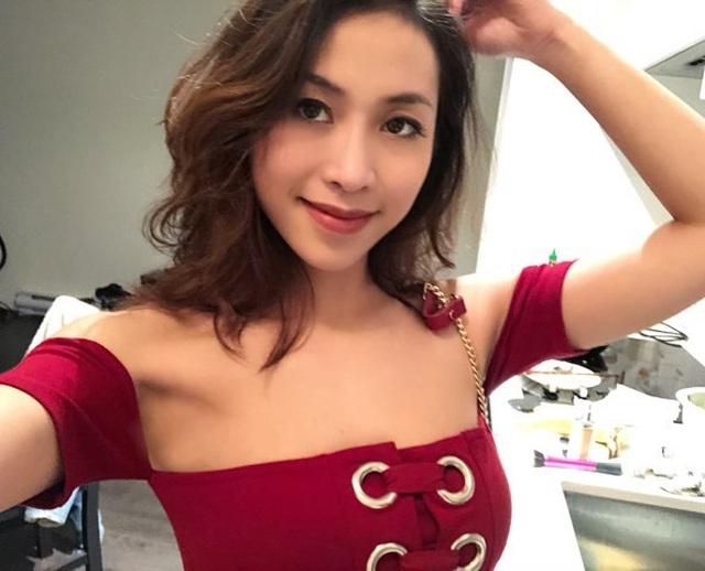 """4 nữ du học sinh Việt xinh đẹp """"thần thái"""" không kém hot girl - 4"""