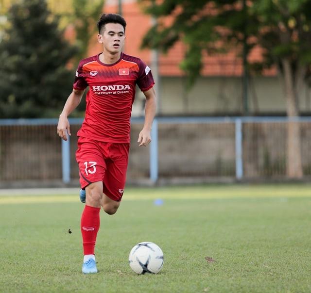Đội tuyển Việt Nam hứng khởi luyện công, HLV Park Hang Seo nhận tin vui - 2