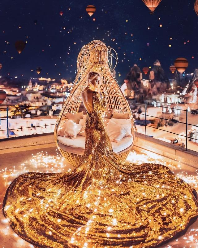 Khi các thắng cảnh du lịch làm nền cho mỹ nhân trong những chiếc đầm tuyệt đẹp - 2
