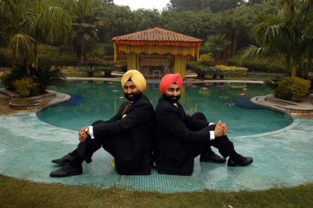 Ấn Độ chấn động vụ anh em triệu phú lừa đảo 330 triệu USD - 1