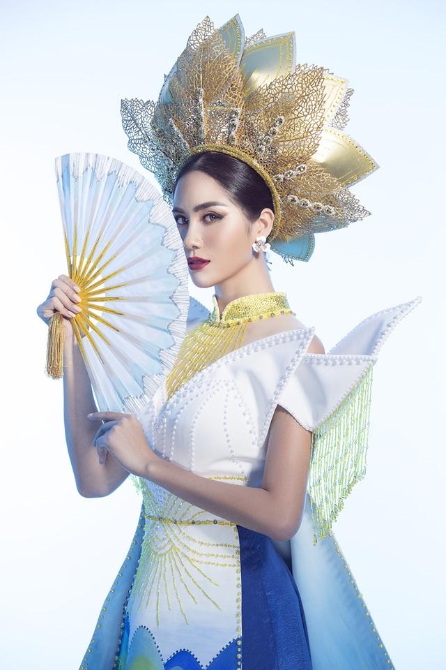 """Hoàng Hạnh mang """"hồ sen"""" lên trang phục dân tộc tại Miss Earth 2019 - 6"""