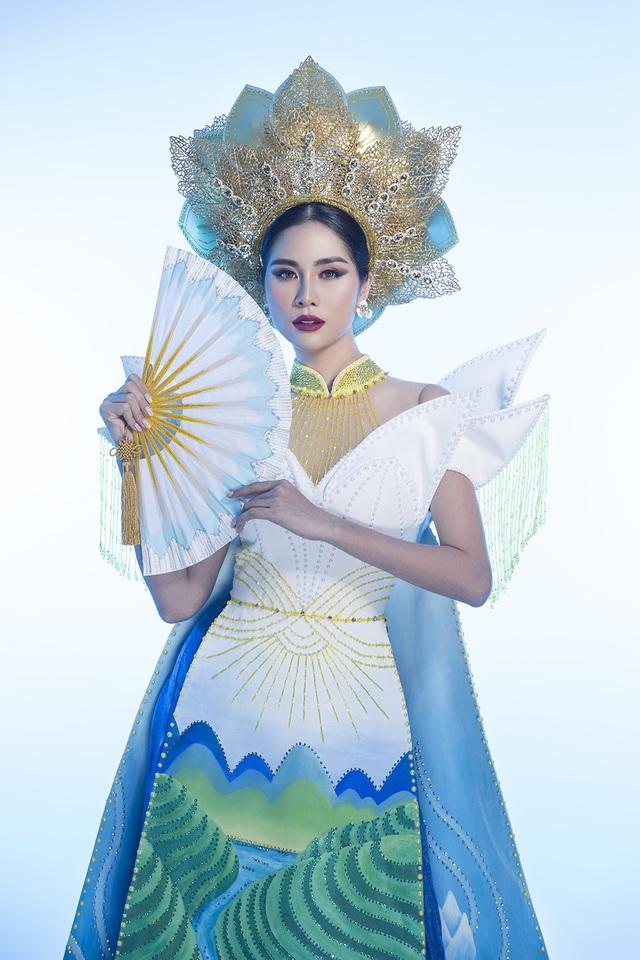 """Hoàng Hạnh mang """"hồ sen"""" lên trang phục dân tộc tại Miss Earth 2019 - 5"""