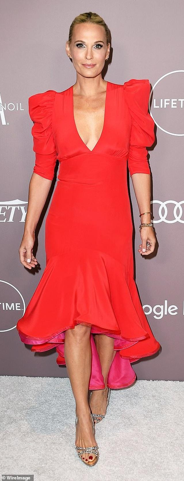Jennifer Aniston xinh đẹp đáng ngưỡng mộ ở tuổi 50 - 13