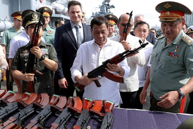 """Vì sao Đông Nam Á """"chuộng"""" vũ khí Nga, không mặn mà với Mỹ? - 1"""