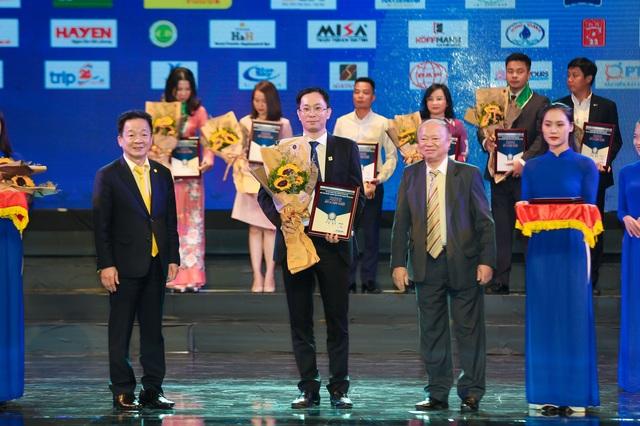 Văn Phú - Invest được tôn vinh tại Đêm doanh nghiệp 2019 - 2