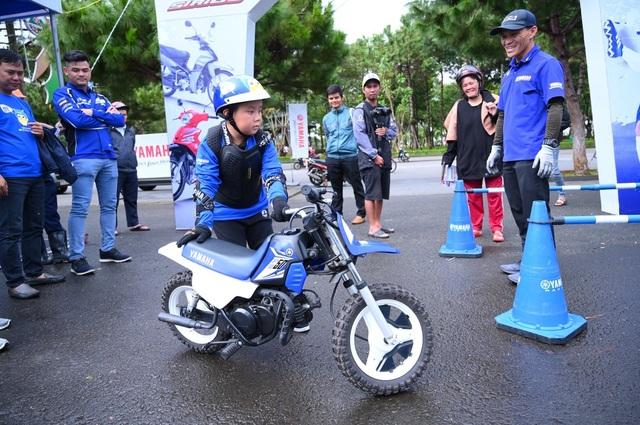 Thú vị trải nghiệm học lái xe mô tô dành cho trẻ em - 5