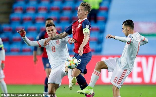 Hòa Na Uy, Tây Ban Nha chưa thể giành vé dự Euro 2020 - 5