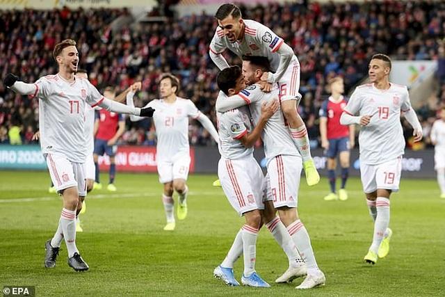 Hòa Na Uy, Tây Ban Nha chưa thể giành vé dự Euro 2020 - 4