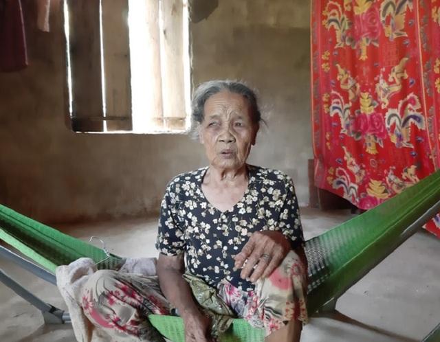 Đề nghị báo cáo vụ cụ già không còn sức lao động vẫn được tặng bò thoát nghèo - 1